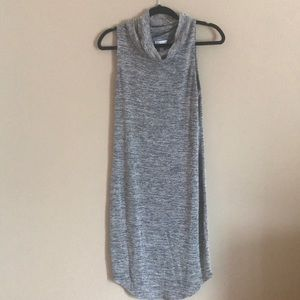 EUC M Leith light weight sweater dress